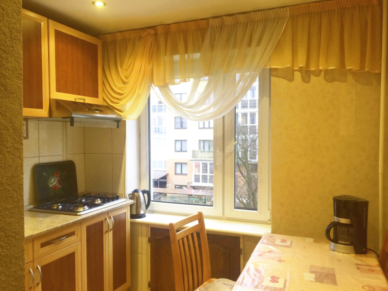 3-к квартира, ул. Банковская 12, 61.1 м², 3/5 эт. с ГОТОВЫМ РЕМОНТОМ, МЕБЕЛЬЮ - Фотография 3