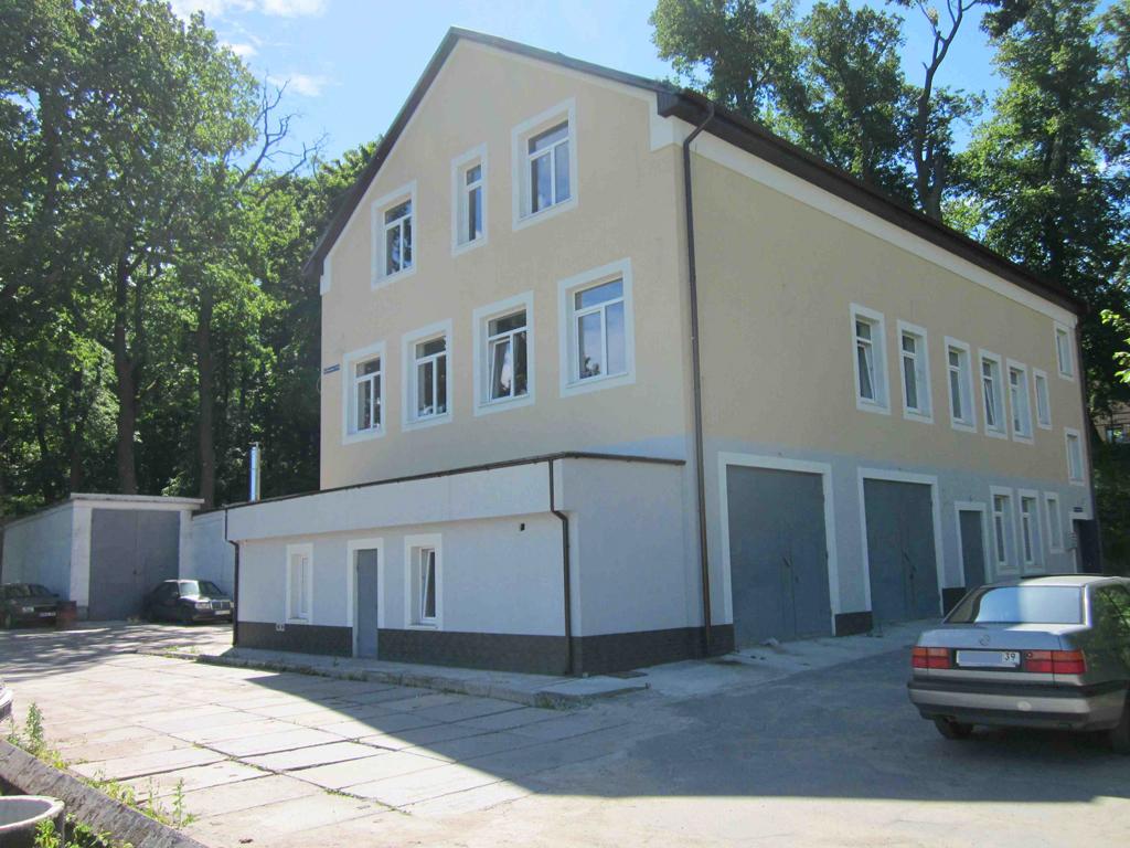 Офисное здание по ул. Суворова, 115а (603 м²)