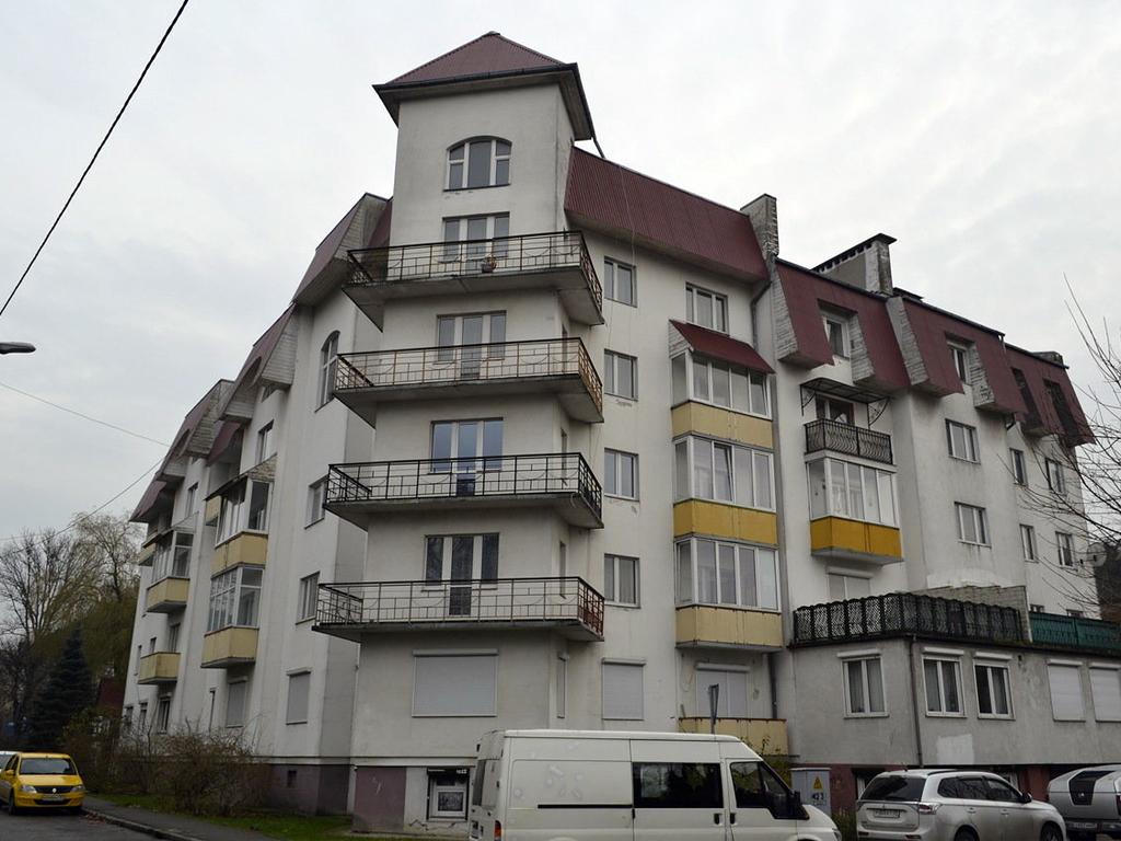 3-к квартира, ул. Береговая 40, 110 м², 5/5 эт. с ГОТОВЫМ РЕМОНТОМ, МЕБЕЛЬЮ